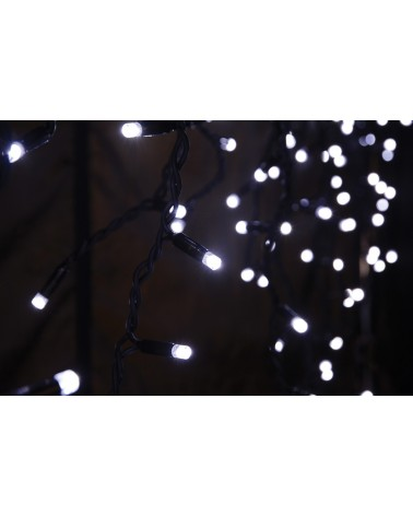 Lyyt 180LED Outdoor Static Icicle Light CW